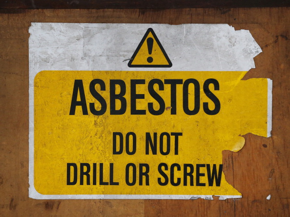 Es sabido que el asbesto es cancerígeno, prohibido para su uso en materiales de construcción (Foto: Peter Macdiarmid/Getty Images)