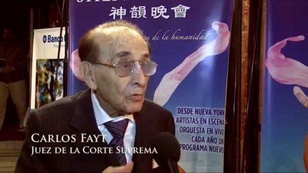 Juez de la Corte Suprema Argentina queda fascinado con Shen Yun