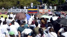 Médicos venezolanos protestan por falta de medicamentos