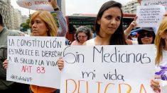 Crisis de medicamentos en Venezuela; Maduro confía en que Cuba los suplirá