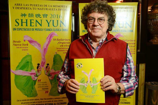 """Shen Yun es """"muy sublime y muy hermoso"""" dice el cantante Piero"""