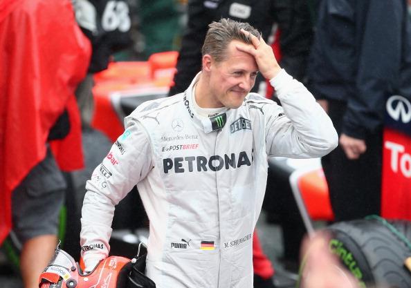 Michael Schumacher de Alemania y Mercedes GP después de terminar su última carrera de F1 gran premio de Brasil en el Autódromo José Carlos Pace en 25 de noviembre de 2012 en Sao Paulo, Brasil. (Foto por Clive Mason/Getty Images)