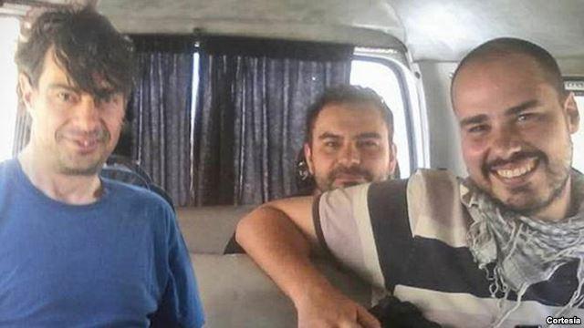 Los tres periodistas trabajaban allí como 'freelance' y habían entrado pocos días antes a Siria desde Turquía.