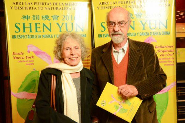 El público argentino muestra su apoyo a la misión de Shen Yun