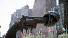 Noticias internacionales de hoy, lo más destacado: Máximo Tribunal niega acceso a armas por violencia doméstica en EE.UU.