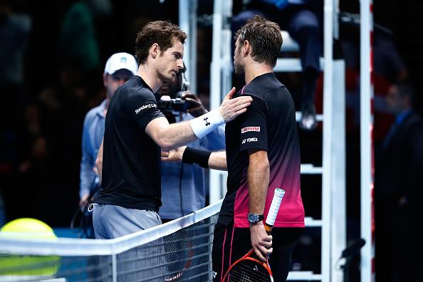 Andy Murray de Gran Bretaña con Stan Wawrinka de Suiza (Foto por Julian Finney/Getty Images)