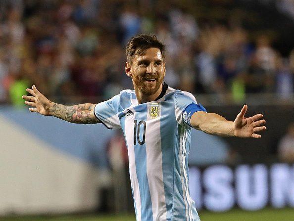 Lionel Messi #10 vuelve a la selección argentina. (Foto por Jonathan Daniel/Getty Images)