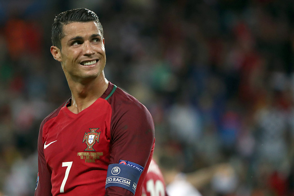 Cristiano Ronaldo de Portugal durante el partido del Grupo F entre Portugal y Austria de la UEFA EURO 2016 en el Parc des Princes, el 18 de junio de 2016 en París, Francia. (Stanley Chou/Getty Images)