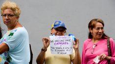 Venezuela: Oposición valida firmas para el revocatorio contra Nicolás Maduro