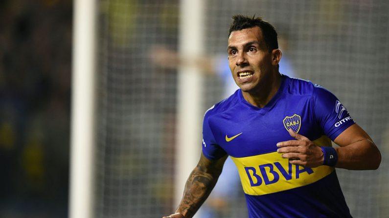 Carlos Tévez festejando un gol de Boca Juniors. (EITAN ABRAMOVICH/AFP/Getty Images)