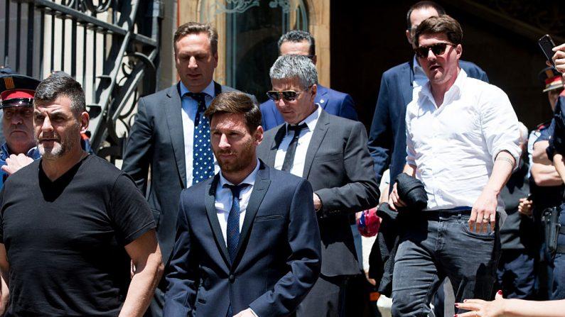 Messi declara ser inocente y haber sido engañado por sus abogados. (Alex Caparros/Getty Images)