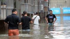 Inundados en China reclaman falta de información para prevenir los daños y las muertes