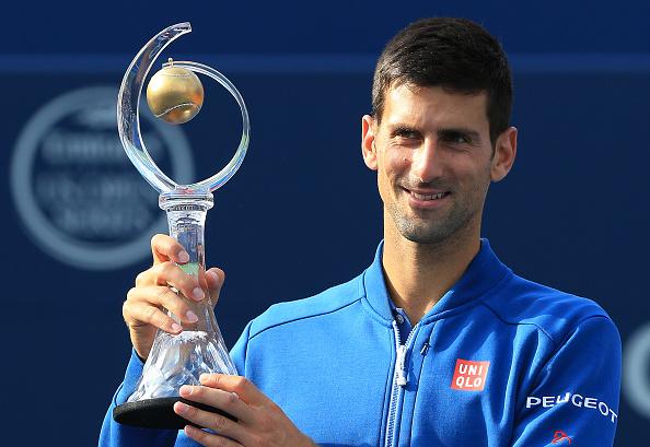 Novak Djokovic de Serbia celebra ganar en Toronto, Ontario, Canadá. (Foto por Vaughn Ridley/Getty Images)