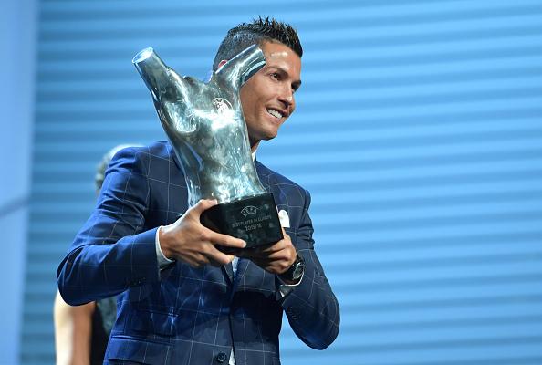 Cristiano Ronaldo es elegido mejor jugador de la UEFA (foto Harold Cunningham/Getty Images)
