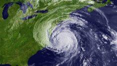 Noticias internacionales de hoy, lo más destacado: el huracán Earl tocó tierra en Belice y se dirige a México