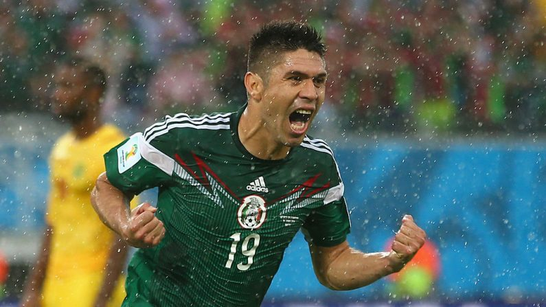 Oribe Peralta de México. (Julian Finney / Getty Images)