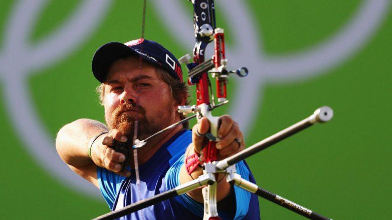 Brady Ellison de los Estados Unidos en los Juegos Olímpicos de Río 2016. (Foto por Paul Gilham/Getty Images)