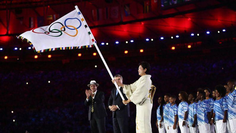 El Comité Olímpico Internacional (COI), aprovechó la ceremonia de clausura de los Juegos Olímpicos de Río de Janeiro este domingo para lanzar su propio canal de televisión. (Foto: Cameron Spencer/Getty Images)