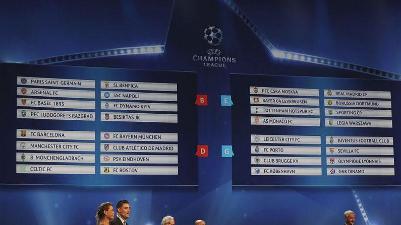 Sorteo de los grupos de la UEFA Champions League. (VALERY HACHE/AFP/Getty Images)