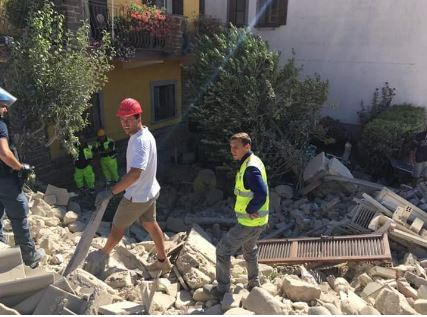 Terremoto Italia de agosto 2016 (Circolo Futurista - Voluntarios)