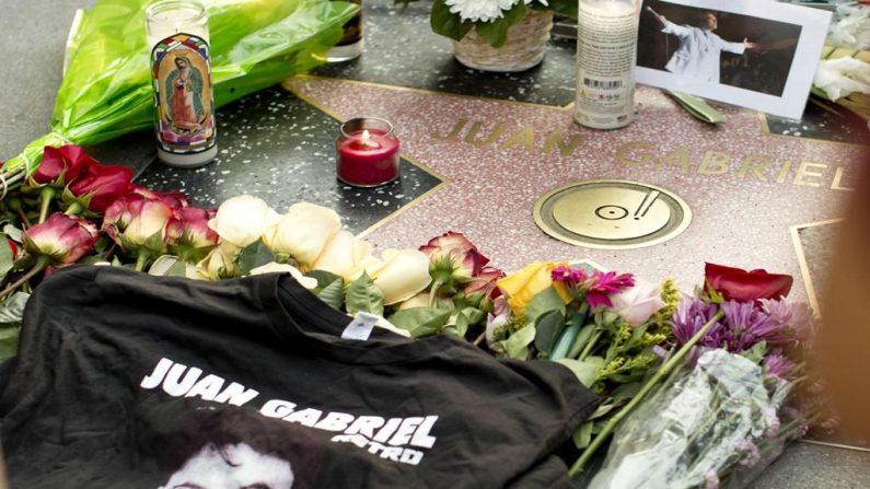 Fans de Juan Gabriel le rinden homenaje en varias ciudades del mundo (Videos),(Cortesía EFE/ Miami Diario)