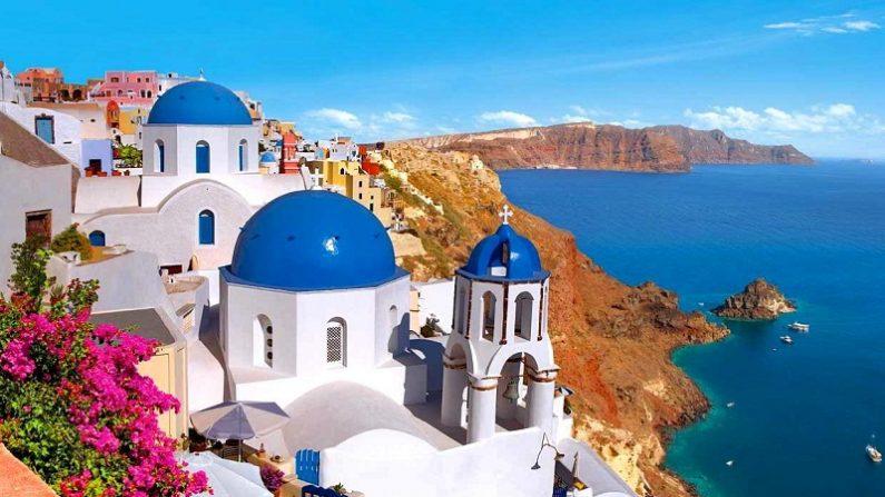 Isla Santorini, en Grecia, el lugar más romántico del mundo. (Getty Images/Creative)