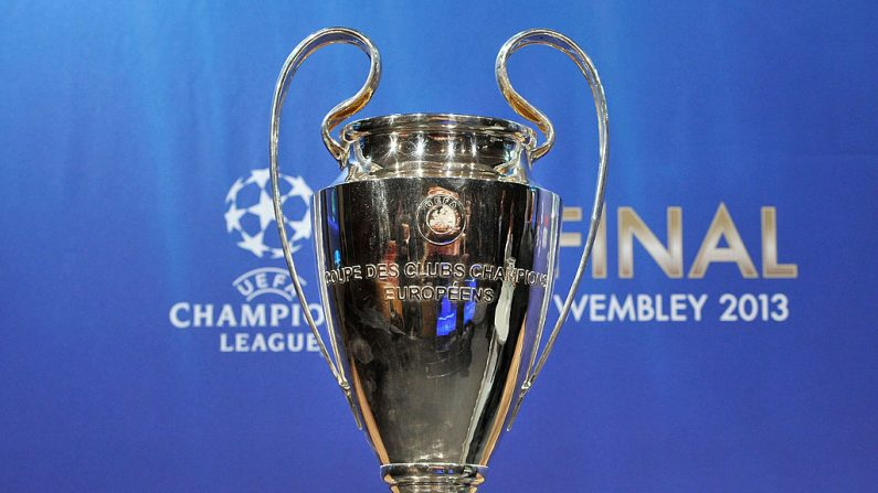 El trofeo de la UEFA Champions League. (Foto por Harold Cunningham/Getty Images)