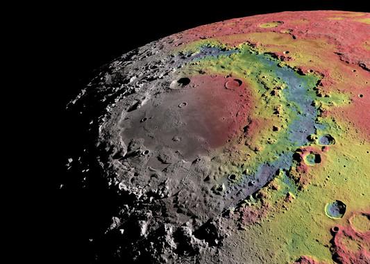 Relieve sombreado de la cuenca Oriental de la Luna y anomalías gravitatorias detectadas por la misión GRAIL. Las zonas donde la gravedad es más fuerte (hay más masa respecto a un valor de referencia) se han coloreado de rojo, y donde es más débil (menos masa) en azul.  / Ernest Wright, NASA/GSFC Scientific Visualization Studio