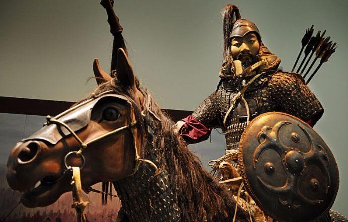 La búsqueda de la tumba secreta de Gengis Kan es un mito para la gente de Mongolia que guarda un profundo respeto por uno de los más grandes conquistadores de la historia (GettyImages).