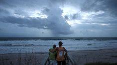 Noticias internacionales de hoy: huracán Matthew comenzó  marcha por la costa este de Florida