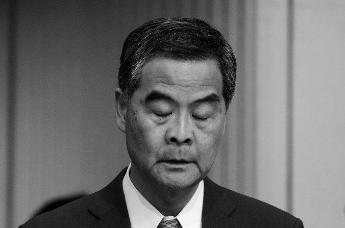 Jefe Ejecutivo de Hong Kong, Leung Chun-ying, en una conferencia de prensa en Hong Kong el 20 de junio de 2016. (Anthony Wallace/AFP/Getty Images)