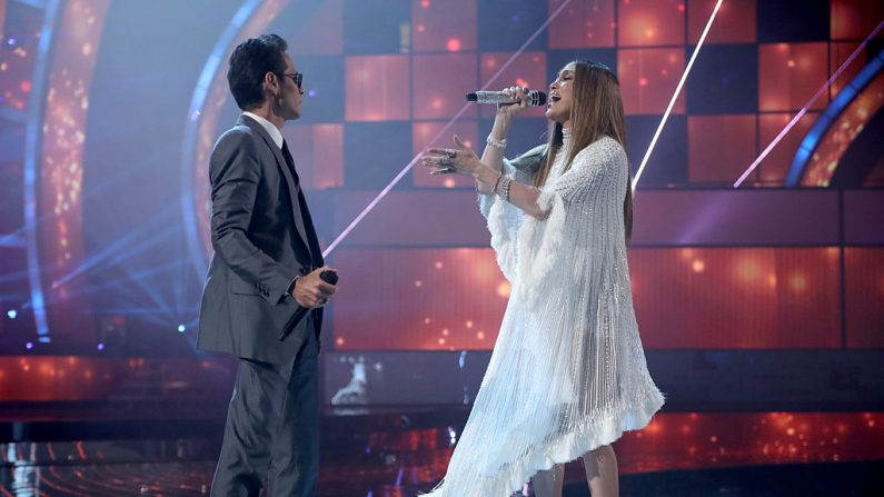Marc Anthony y Jennifer Lopez en los Grammy Latino (foto Christopher Polk / Getty Images)