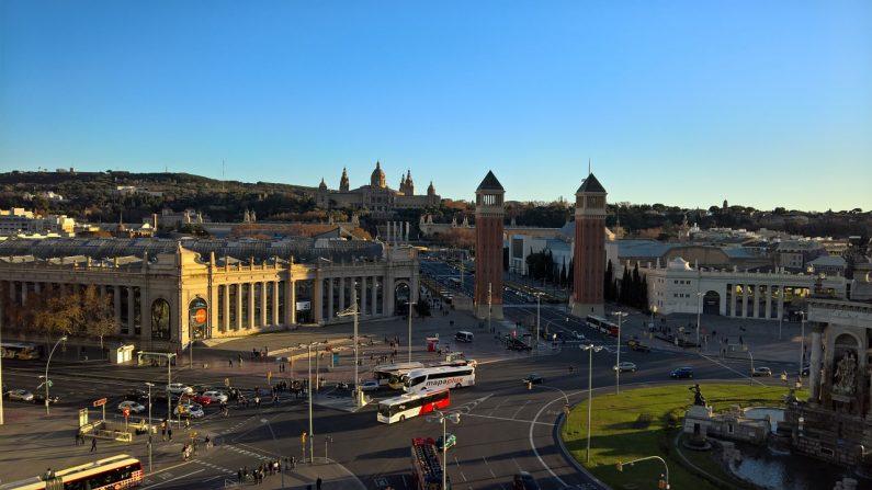 Barcelona, España (foto Roger-M Pixabay)