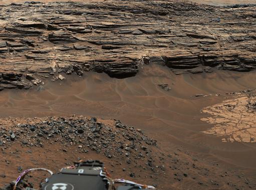 Vista general obtenida con la Mastcam del rover Curiosity mostrando el área de Marias Pass, una de las zonas donde se han encontrado estas chimeneas. / NASA/ JPL-Caltech/MSSS.