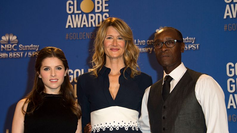 Anna Kendrick, Laura Dern y Don Cheadle, (Foto VALERIE MACON/AFP/Getty Images)