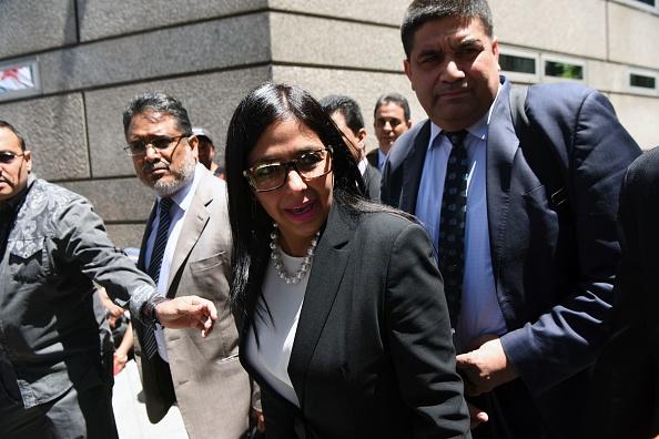 El Ministro de Relaciones Exteriores de Venezuela, Delcy Rodríguez, llega a la Cancillería argentina en Buenos Aires durante una reunión entre ministros del Mercosur, donde Venezuela no fue invitada, el 14 de diciembre de 2016. (Foto: EITAN ABRAMOVICH/AFP/Getty Images)