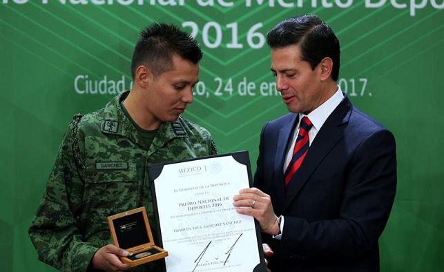 Últimas noticias deportivas  Atletas mexicanos reciben Premio Nacional de  Deportes 2016 0e7205dc2b0aa