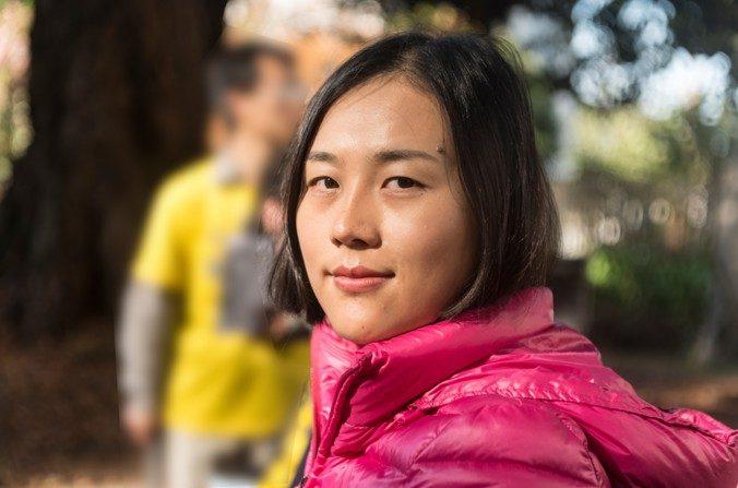 El 24 de octubre de 2016, en San Francisco, Peiqi Gu habló sobre los valores con los que la educó su familia, y sobre cómo casi perdió la oportunidad de terminar sus estudios en China debido a la persecución a su fe espiritual – Falun Gong. (Cat Rooney/La Gran Época)
