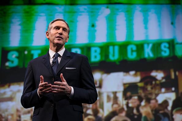 El Presidente y CEO de Starbucks, Howard Schultz. (Stephen Brashear / Getty Images)