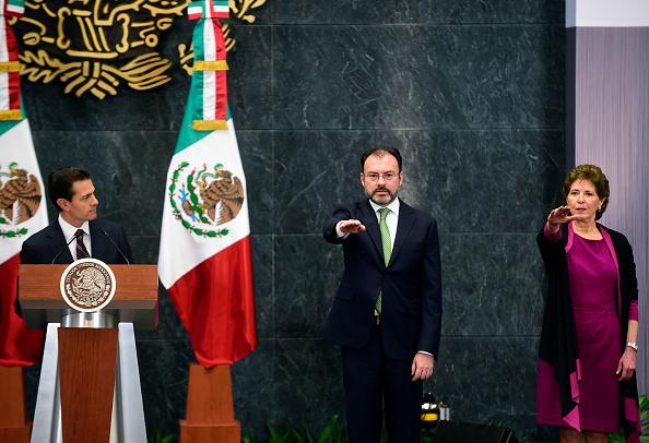 Luis Videgaray Luis Videgaray, una de las personas más cercanas al Presidente Peña Nieto, y Maria Cristina Garcia en sus nombramientos. (Foto: ALFREDO ESTRELLA/AFP/Getty Images)