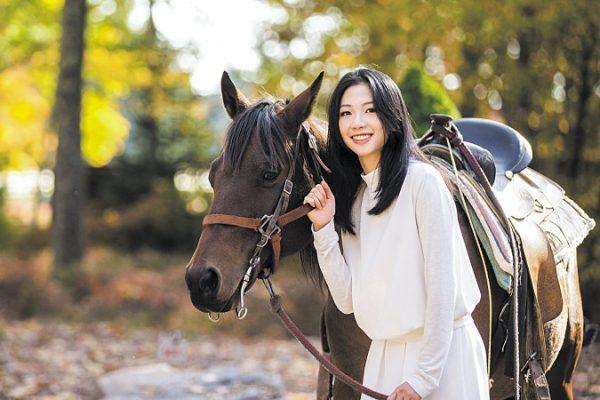 """Con la danza descubrí la verdadera compasión y gracia"", entrevista con Daoyong Zheng, bailarina de Shen Yun"