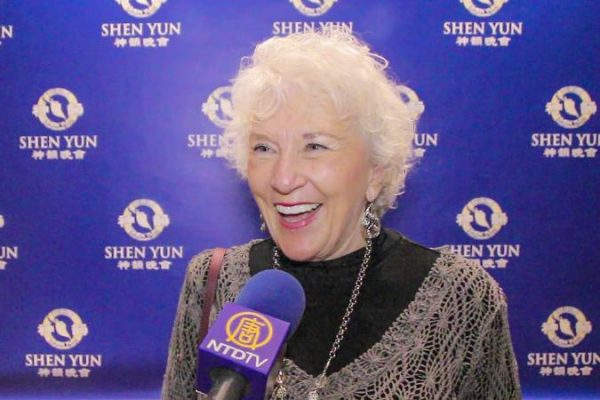 Experimentada profesora de Ballet dice que Shen Yun inspira, emociona y fascina