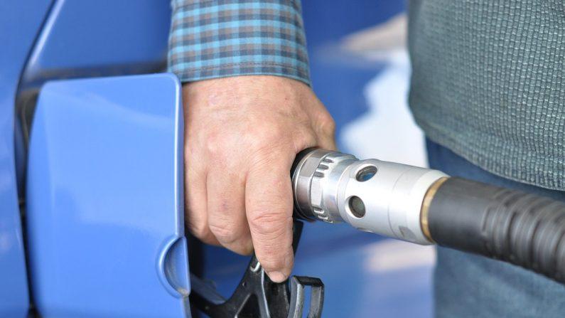 10 trucos para ahorrar combustible (Foto Pixabay)