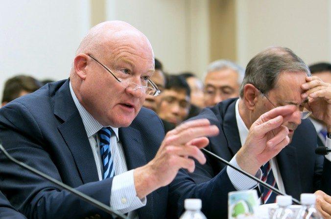 Ethan Gutmann hablando sobre la sustracción forzada de órganos de China, en Washington. (Lisa Fan/Epoch Times)