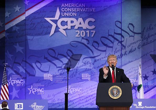El presidente estadounidense Donald Trump participó de la CPAC 2017 el 24 de febrero. Foto:  Alex Wong/Getty Images)