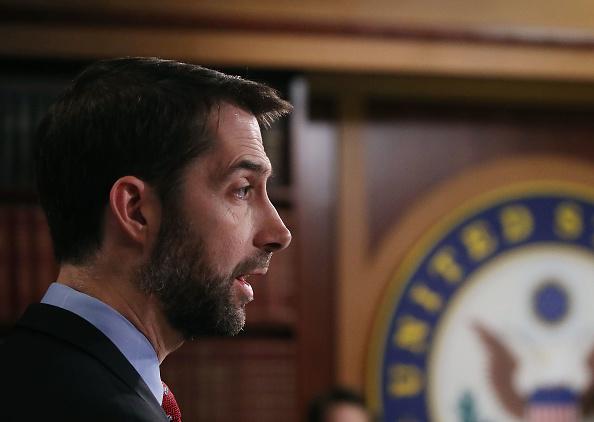El proyecto de ley RAISE busca mejorar los trabajos de los estadounidense limitando el número de inmigrantes que llegan a EE.UU. La iniciativa está patrocinada en el Senado por Tom Cotton de Arkansas y David Perdue de Georgia. (Foto: Mark Wilson/Getty Images)
