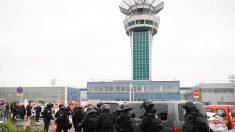 París en alerta: Un hombre es abatido en aeropuerto de Orly tras herir a agente en un control