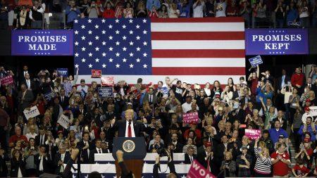 Trump visita el Capitolio en busca de apoyo para ley de salud
