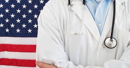Los republicanos de la Cámara de Representantes presentaron este lunes dos proyectos de ley para derogar y reemplazar el Obamacare. Foto Getty Images