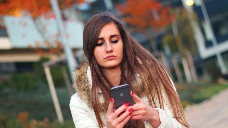 El concepto de nomofobia simplifica demasiado tanto la forma en que se utilizan estos dispositivos como los posibles tratamientos para esta ansiedad relacionada con el dispositivo. (Jan Vašek/Pixabay)